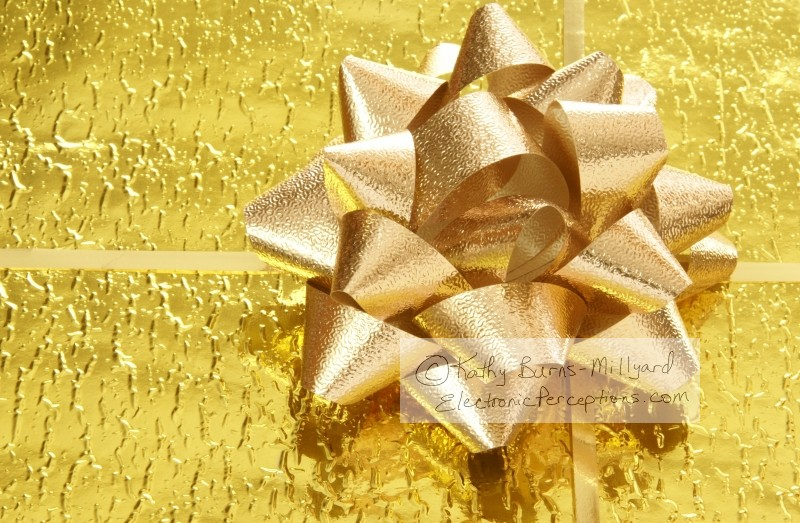 foil Stock Photo: Gold Gift