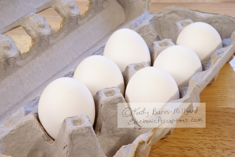 kitchen Stock Photo: Eggs